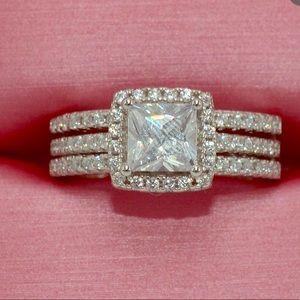 Ring. Fashion Jewelry. Halo cushion CZ 2 pcs